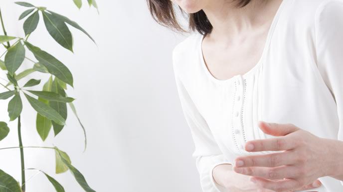 不妊治療でホルモン剤を使っている女性