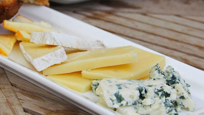 ママも赤ちゃんも大好きなチーズの盛り合わせ