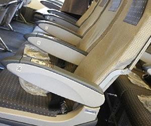 清掃が終わり綺麗になった飛行機の座席