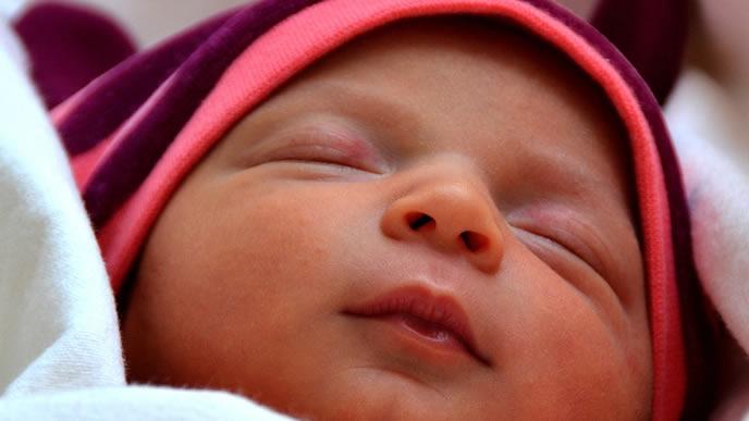 3ヶ月健診に向かう赤ちゃん