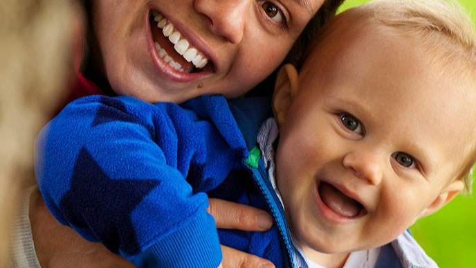 乳児保育に通う0歳の赤ちゃん