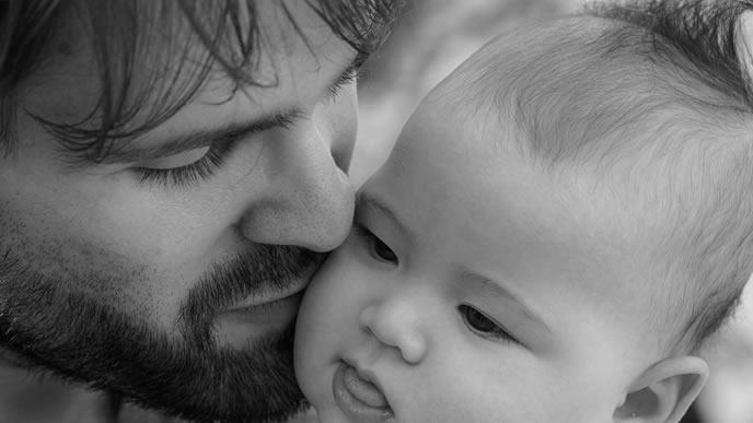 乳児保育に預けて周囲から反感を買う父親