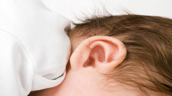 赤ちゃんの聴力の発達を表した画像