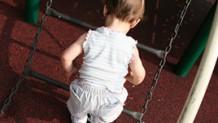赤ちゃんが転落したときのチェックポイント&応急的対処法