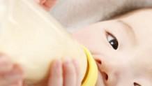 160411_baby-milk-spit2