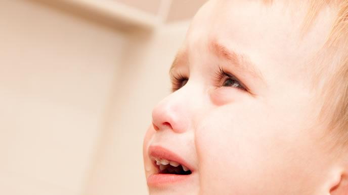 アレルギーで鼻血がよく出る男の子