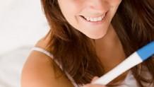 妊娠検査薬はいつから使えばいい?正しい反応が出る使い方