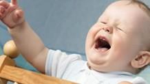 腸重積症で泣き叫ぶ赤ちゃんからの4つのサイン