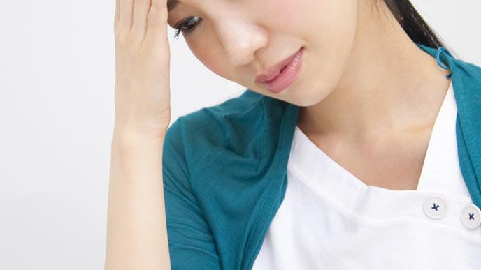 熱があり風邪か妊娠か迷う女性