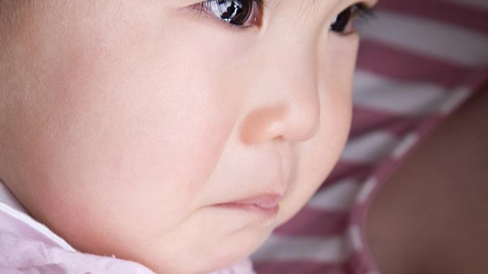 ギャン泣きでひきつけを起こしそうな赤ちゃん