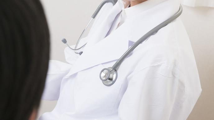 妊娠以外の腹痛の原因を探る医師
