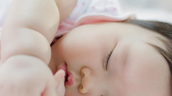 脱水症状気味のむちむち赤ちゃん