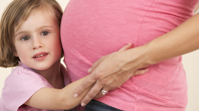 ママの胎内にいたときの記憶がある女の子