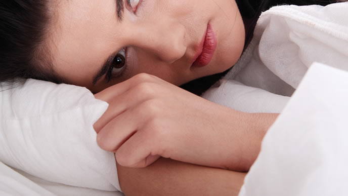 つわりが酷く寝付けない妊婦