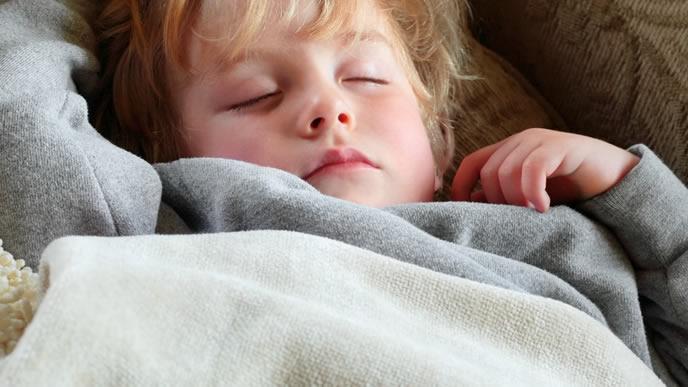 夜泣きがあまりない海外の赤ちゃん