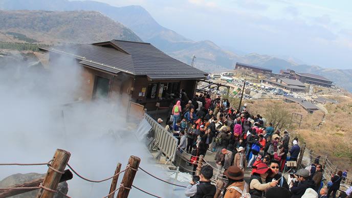 大人気の旅行先箱根温泉