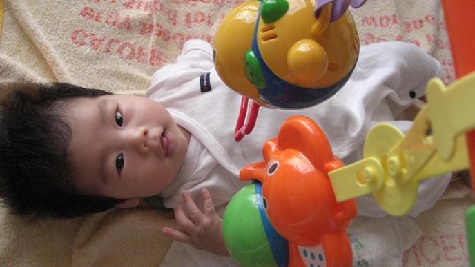 全力で遊んでしまい脱水症状ぎみの赤ちゃん