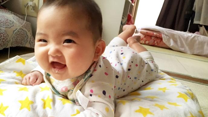 乳糖不耐症が治り元気を取り戻す赤ちゃん