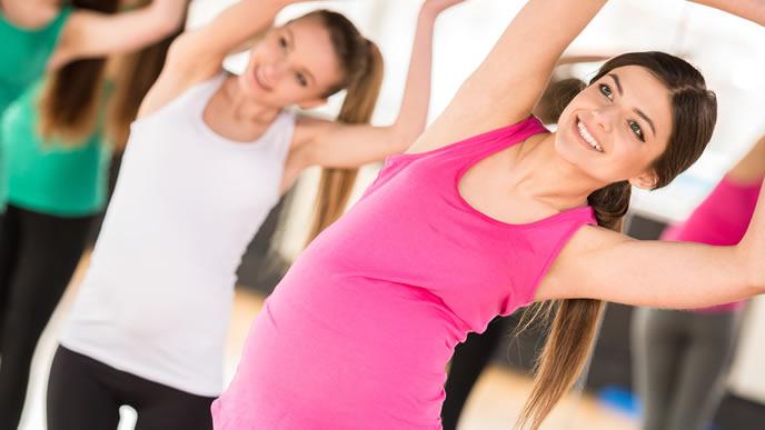 マタニティ教室に通う安定期の妊婦