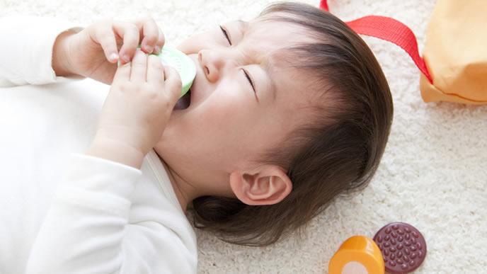 耳が痛くてギャン泣きする赤ちゃん