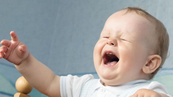 音が聞き取りにくくなりギャン泣きする赤ちゃん