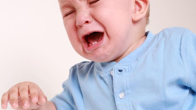 突然夜泣きをする赤ちゃん