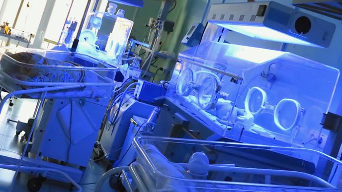 新生児黄疸の光線治療が整った病院