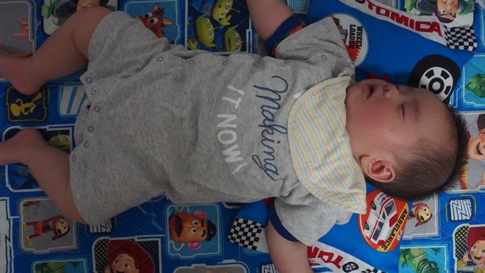 寝る時は咳が止まる赤ちゃん