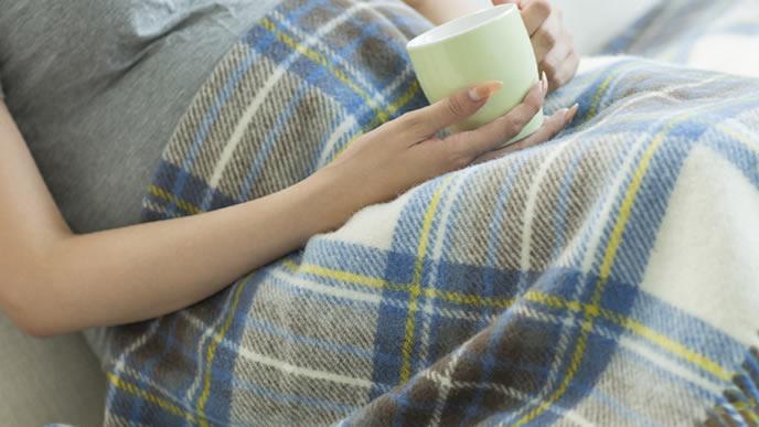 妊娠29週をリラックスして過ごしている妊婦
