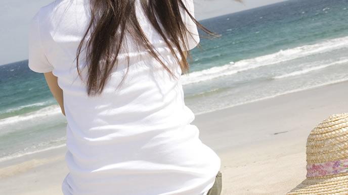 出生前診断を受けるかどうか迷う女性