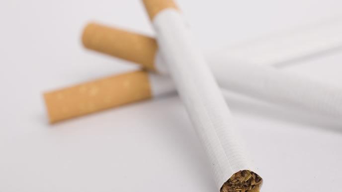 赤ちゃんが誤飲すると危険なタバコ