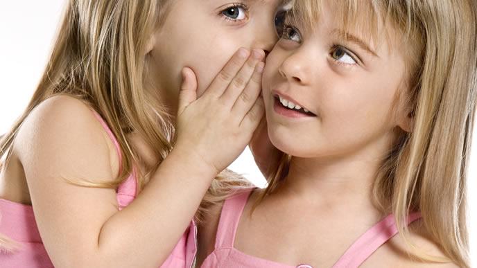 初乳と成乳の違いを教えてくれる双子の姉