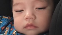 赤ちゃんの寝言・寝言泣きの原因は?安心させる対応方法