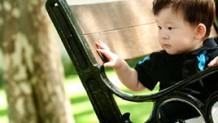 赤ちゃんの一重まぶたは遺伝する?二重になる仕組みと法則