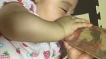 赤ちゃんの牛乳はいつから?上手な飲ませ方と注意点
