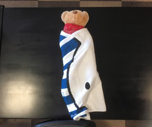 反対側のタオルを巻き込む
