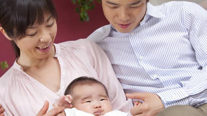 産後の体調不良が快方に向かっているママと赤ちゃん