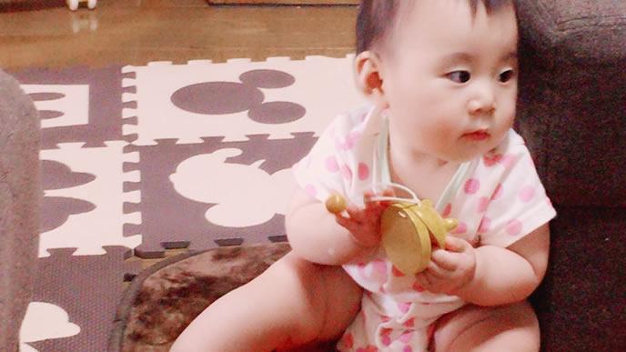 原因不明の蕁麻疹がある赤ちゃん