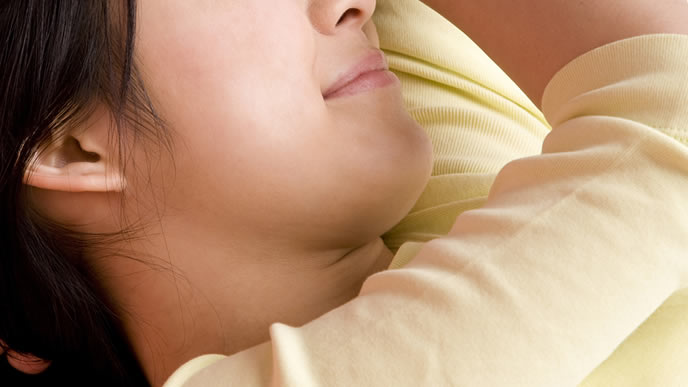 出産後の痛みが徐々に和らいできたママ
