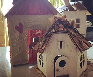 手作り段ボールハウスの画像