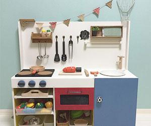 手作りおままごとキッチンの画像