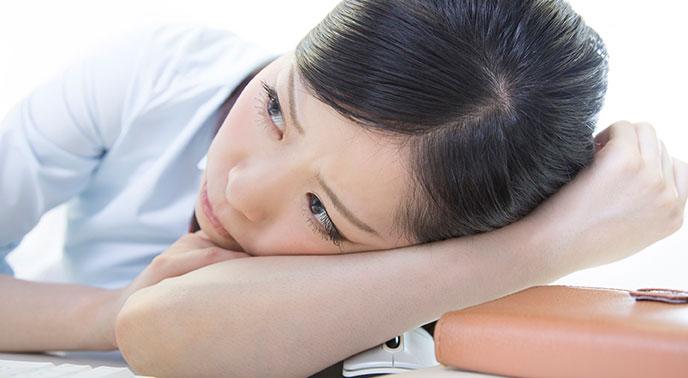 ストレスをかかえた女性
