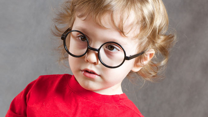 眼鏡をかける