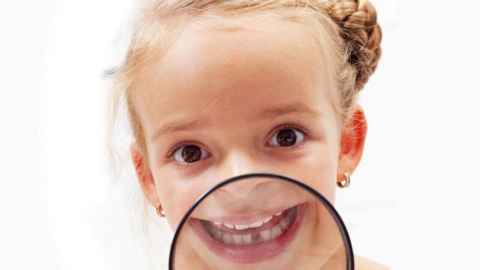 赤ちゃんのころのおしゃぶりは出っ歯の原因になるか