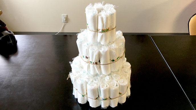 おむつケーキの土台を作る。一番上の段