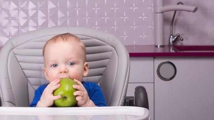 離乳食にりんごを使うときは注意