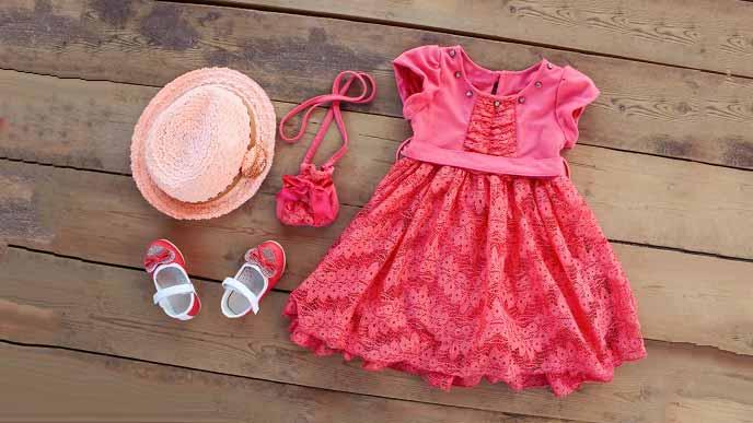 ベビー服のセレモニードレス