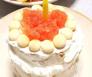 ねこさんが作ったホットケーキの誕生日ケーキ