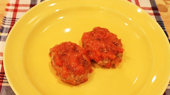 レバーのトマトソースハンバーグ完成品