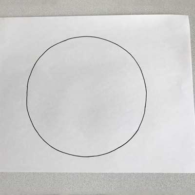 円を描いた紙